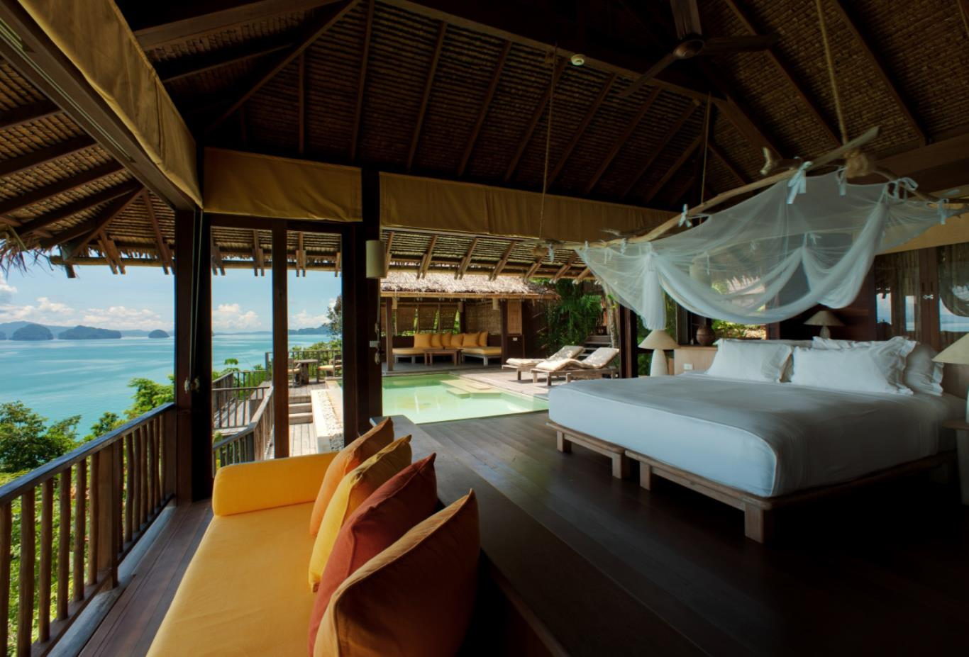 Ocean Panorama Pool Villa bedroom